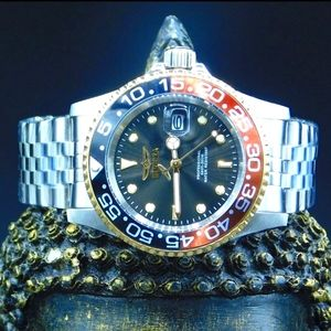 FIRM PRICE-Invicta black dial SS Bezel Watch